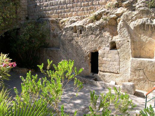 1024px-jesus27s_tomb_28281915566129