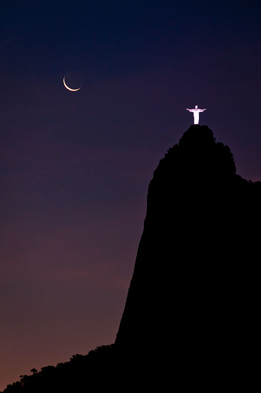 510px-young_moon_and_old_jesus