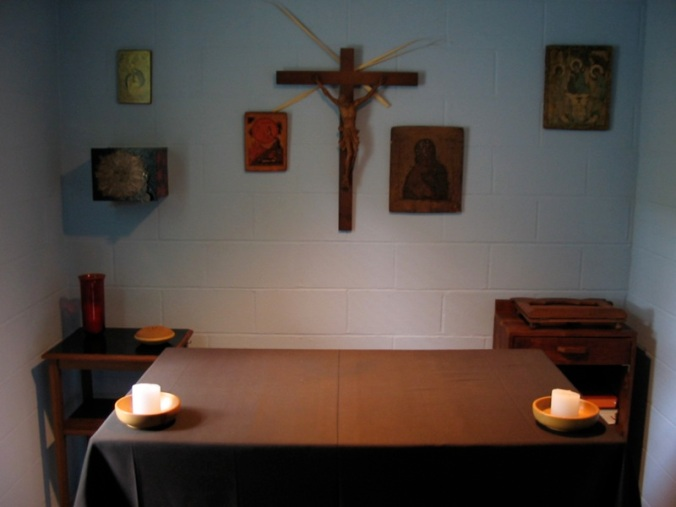 thomas_merton_hermitage_interior_28abbey_of_gethsemani29
