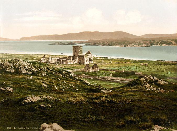1199px-iona_cathedral2c_iona2c_scotland2c_ca-_1899