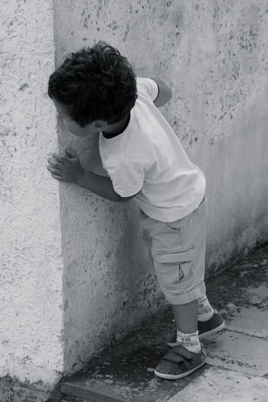 street-child-hide-and-seek-lane